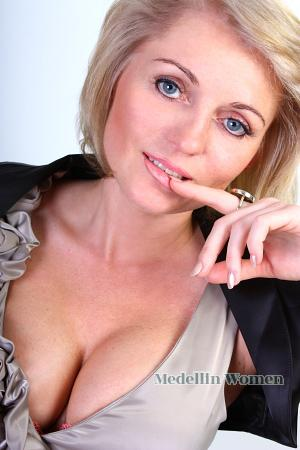 "p121504 1 ""Single, mature, blonde, fun loving landlady"" from SPARE ..."