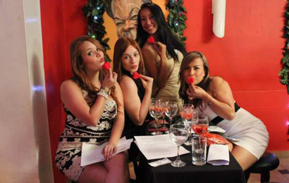 Single Medellin women on our singles tours.